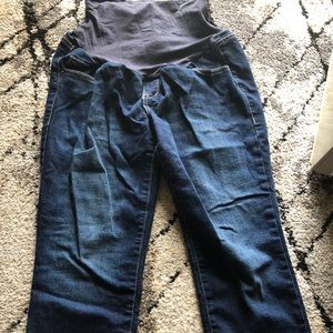 Old Navy Maternity Crop Jeans